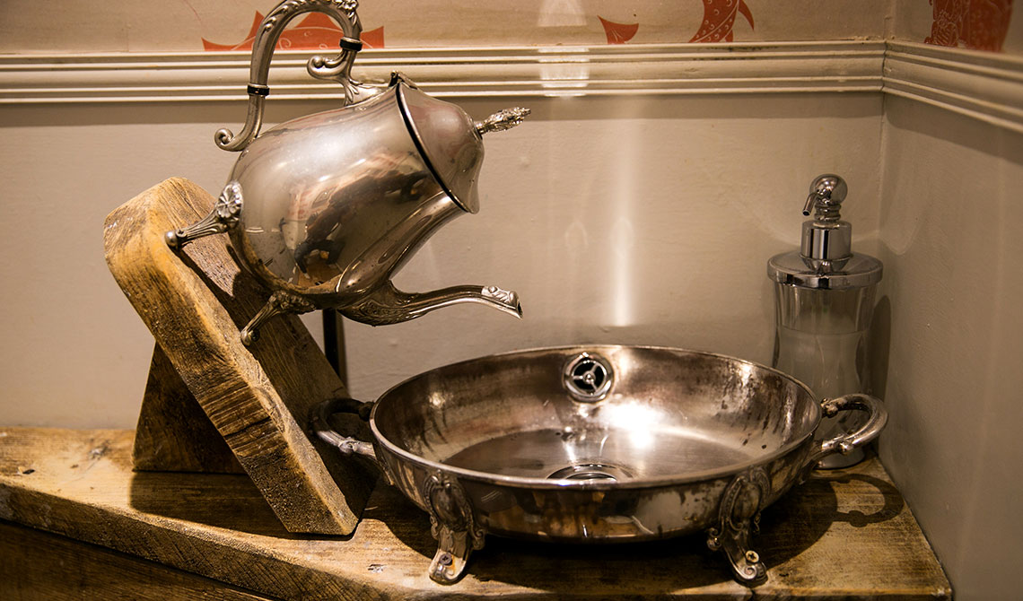 Wonderland House Sink